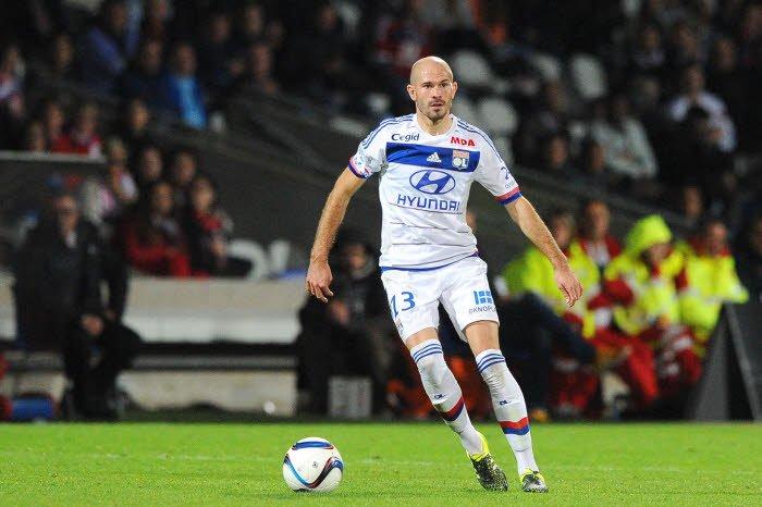 Mercato - OL : Ce joueur pisté par le PSG que Jallet encense !