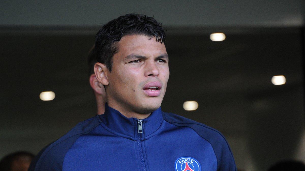 PSG : Thiago Silva envoie un message fort à Nasser Al-Khelaïfi pour son avenir