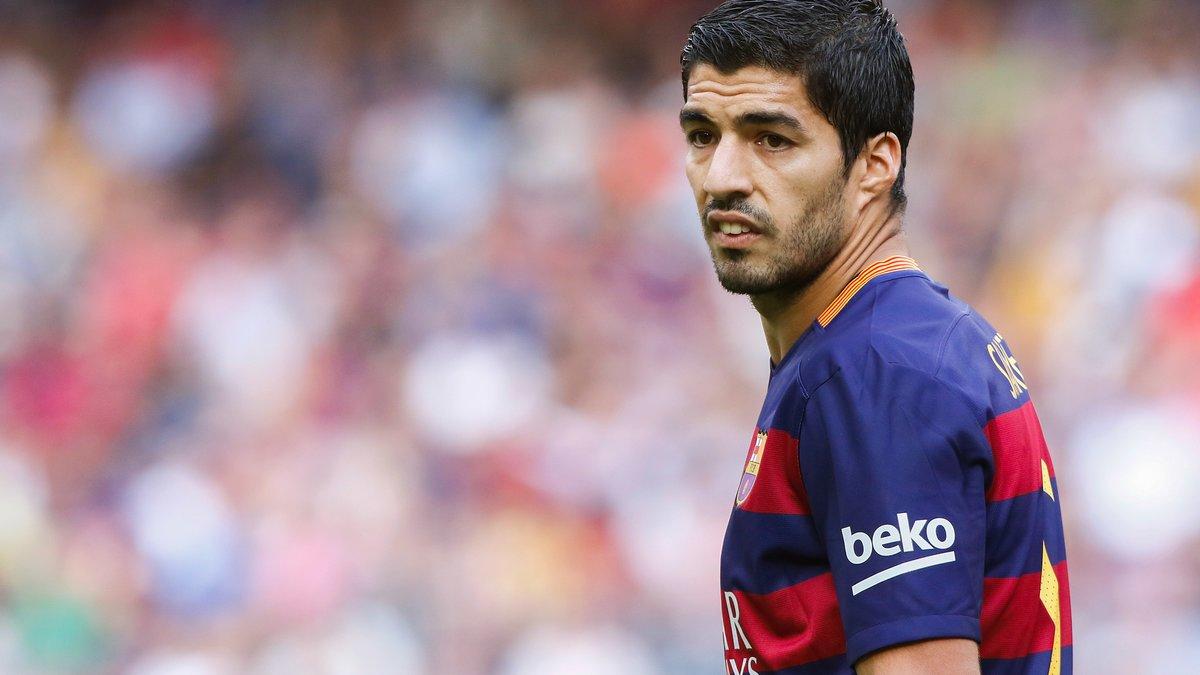 Barcelone : Entre Suarez, Lewandowski et Agüero, Pierre Ménès dévoile sa préférence