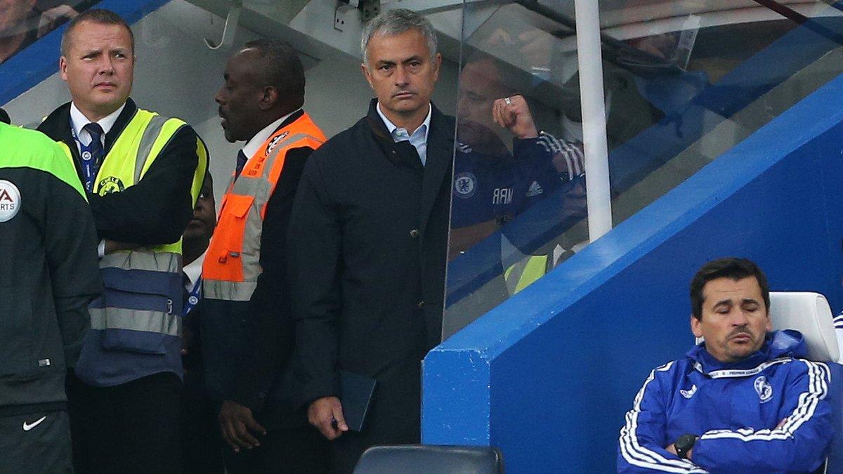 Chelsea : Star Wars, E.T� Quand Jos� Mourinho fait le buzz avec son look