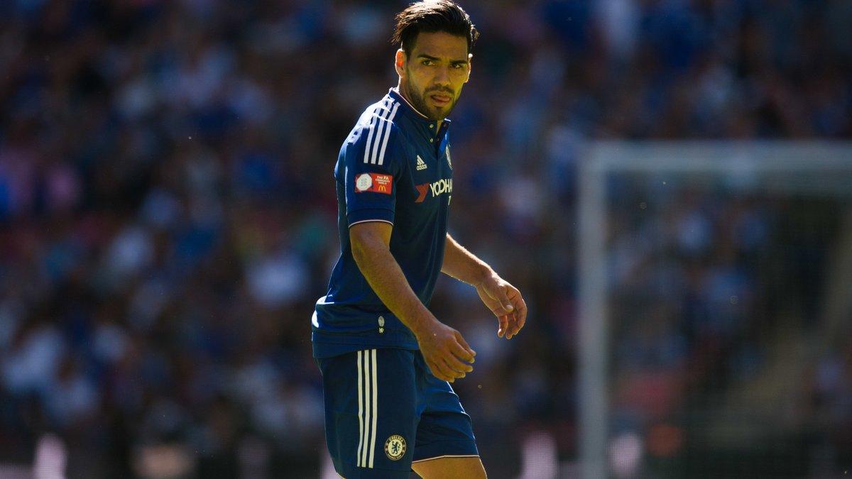 Mercato - Chelsea : Mourinho, Van Gaal... Quand la grand-mère de Falcao se lâche !