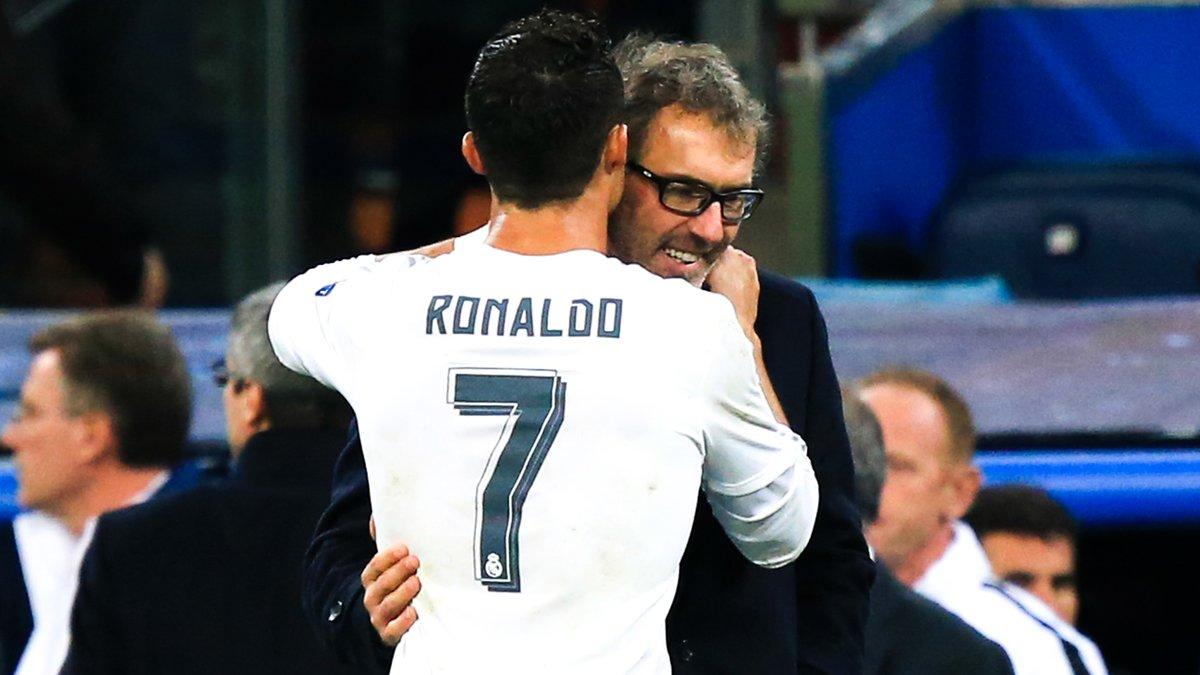 PSG : Quand Pierre Ménès ironise sur ce qu'a chuchoté Cristiano Ronaldo à l'oreille de Laurent Blanc