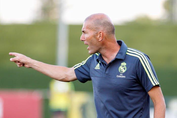 Real Madrid : Florentino Pérez fait le point pour Benitez et Zidane