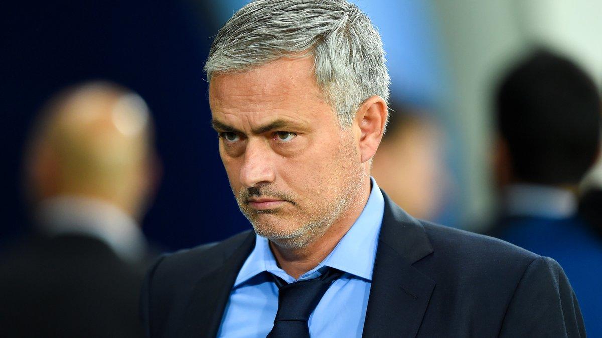Mercato - Chelsea : Abramovich doit-il garder Mourinho ? Ibrahimovic répond !