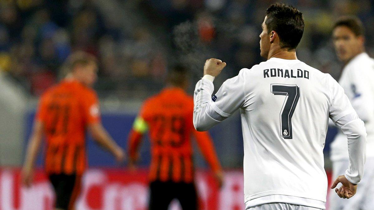 Mercato - Real Madrid/PSG : Quand Cristiano Ronaldo se voit déconseiller de quitter le Real !