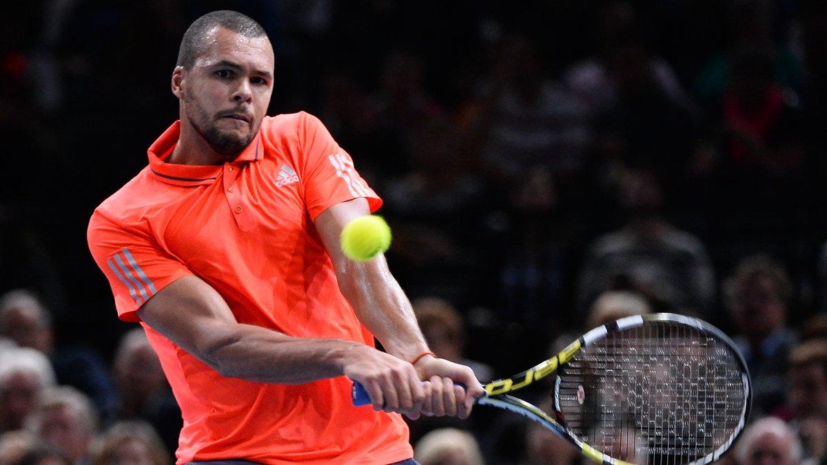 Tennis - Coupe Davis : Quand Tsonga se fait tacler par Llodra !