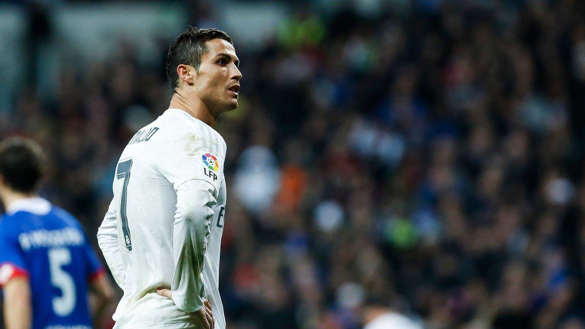 Mercato - Real Madrid : Ce prédécesseur de Zidane qui se prononce sur l'avenir de Cristiano Ronaldo