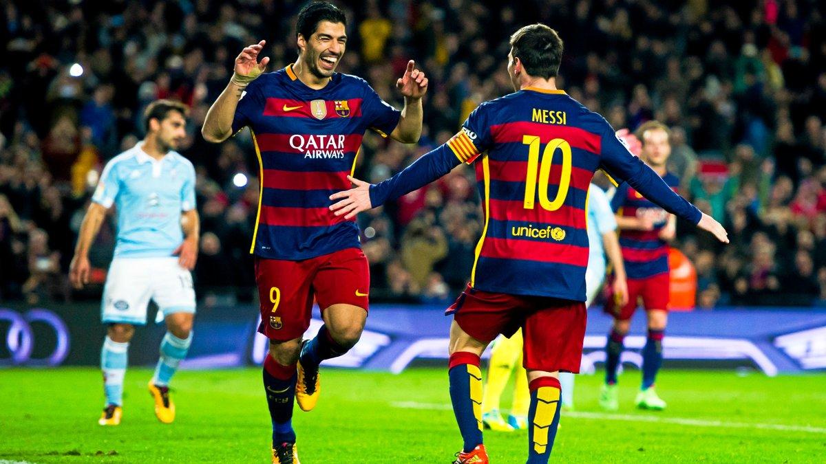 Barcelone : Cruyff ému après l'hommage rendu par Messi et Suarez