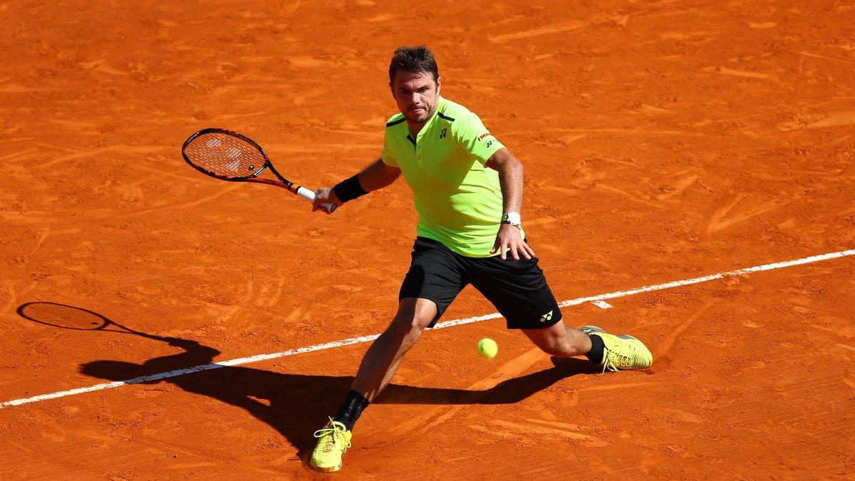 insolite : Quand Wawrinka joue avec un enfant en plein match à Roland Garros