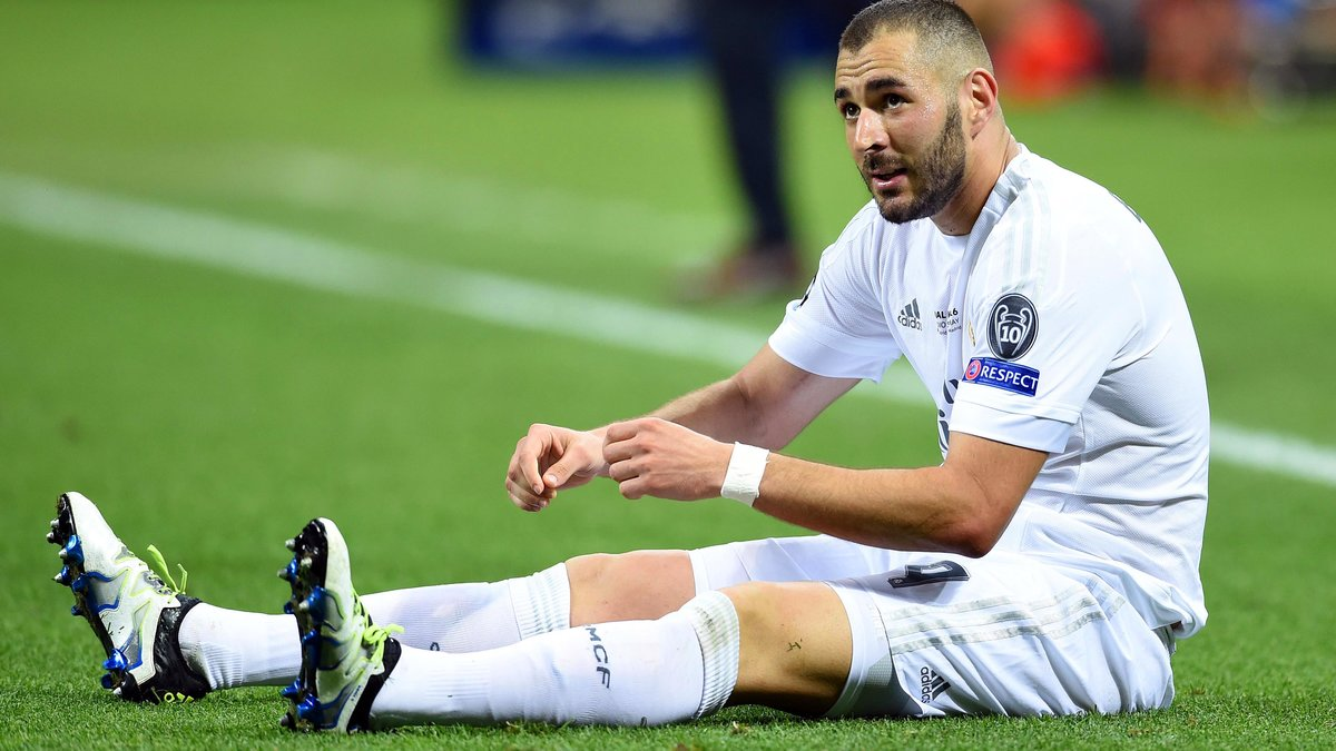 Mercato - Real Madrid : Un cador européen prêt à foncer sur Karim Benzema ?