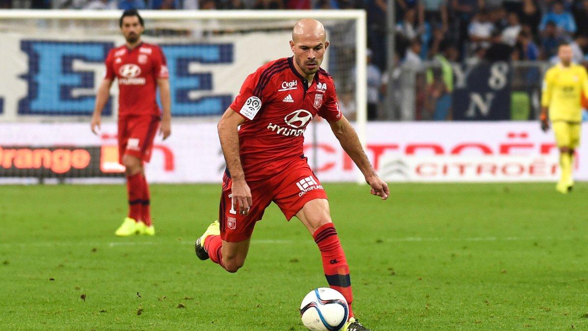 PSG : Christophe Jallet juge les débuts d