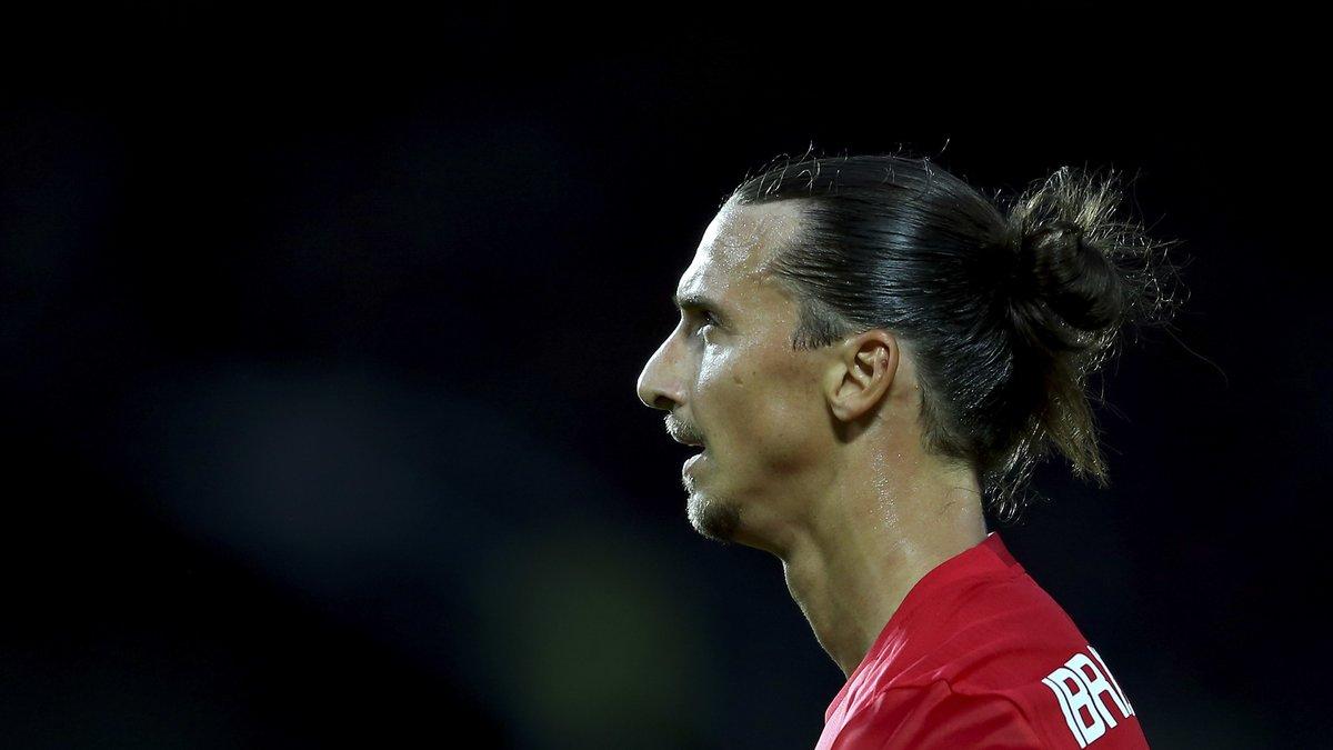 20h59 Zlatan offre au Man U de Mourinho son premier titre
