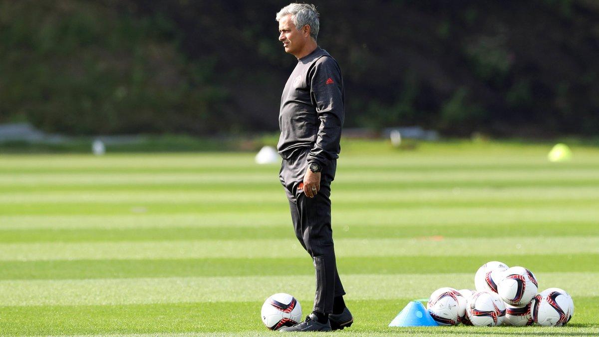 Un cadre de Zidane tacle sèchement José Mourinho