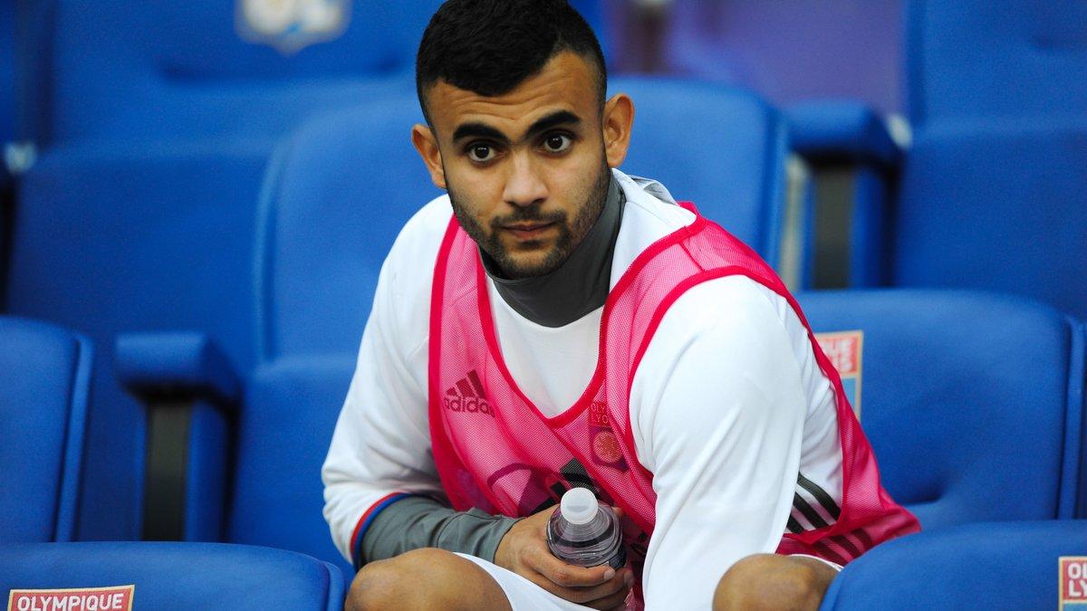 OL : Le frère de Rachid Ghezzal jette un froid sur son avenir