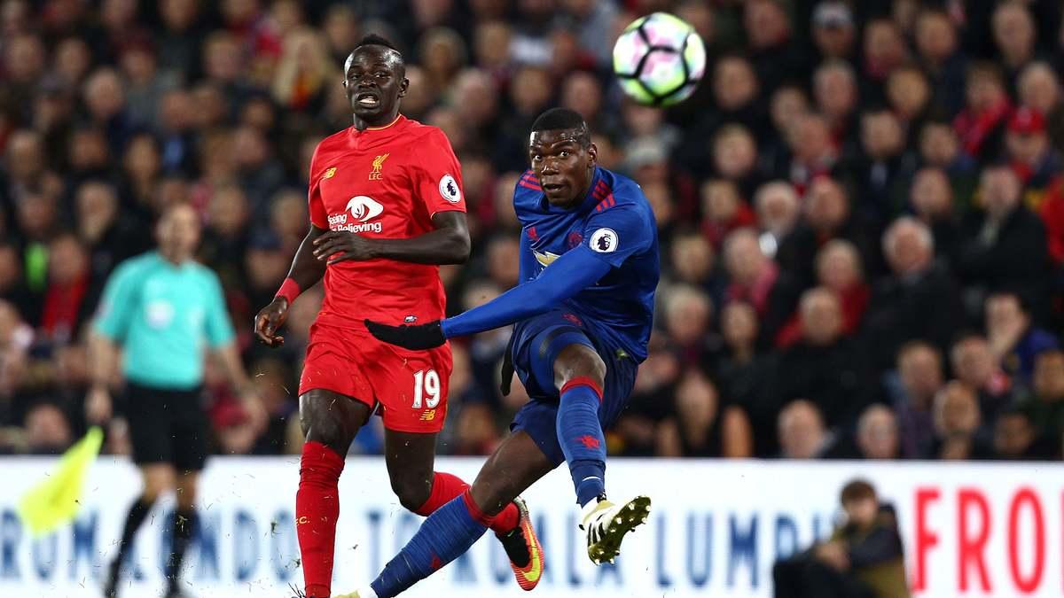 Manchester United : José Mourinho met la pression sur Paul Pogba