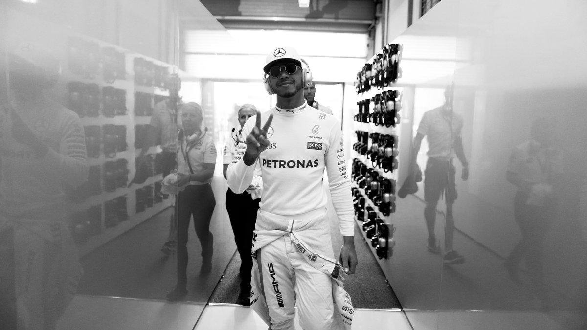 Formule1 formule 1 hamilton si ricciardo aime boire - Boire une coupe de champagne enceinte ...