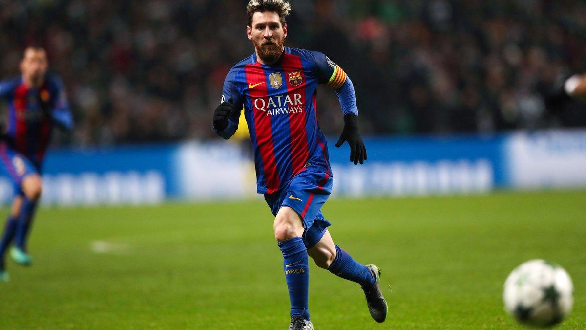 Minute de silence lors de Barça-Real après le crash en Colombie