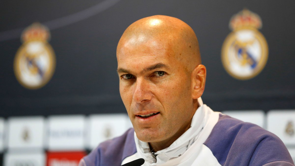 Real Madrid : Florentino Pérez s'enflamme pour Zinedine Zidane