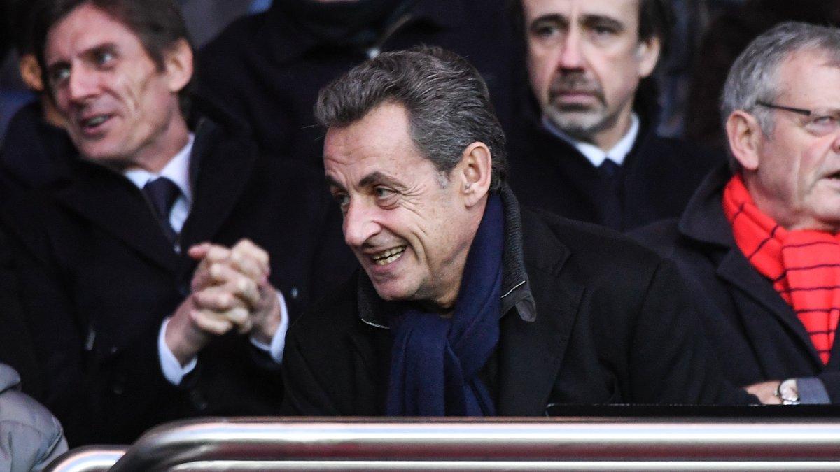 Nicolas Sarkozy revient sur l'incident en tribune — Barcelone-PSG