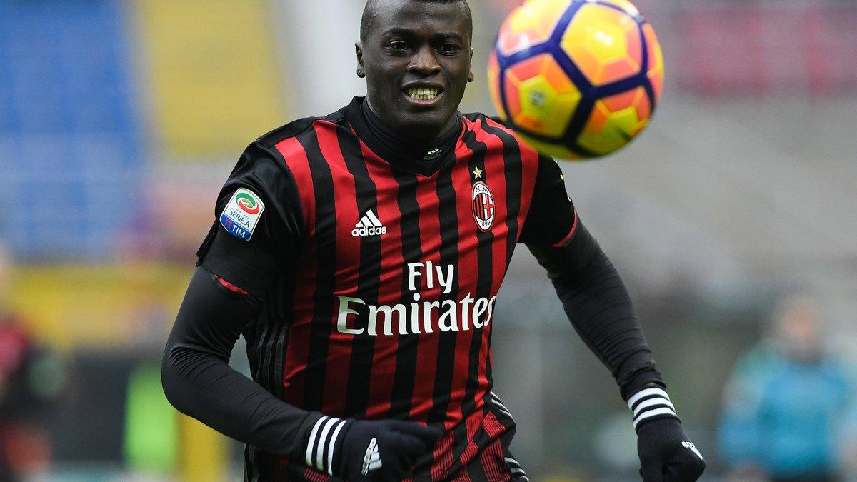 OM : Niang, Ocampos... Le Milan AC confirme