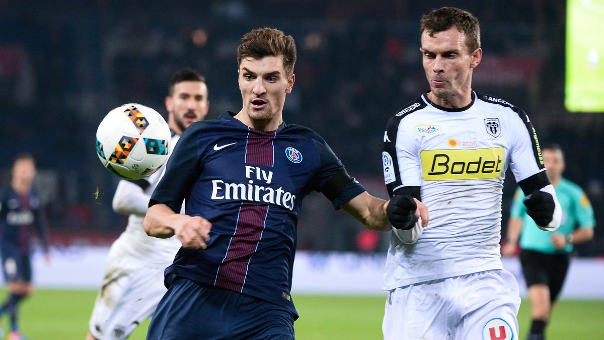 L1 - Paris / Thomas Meunier :