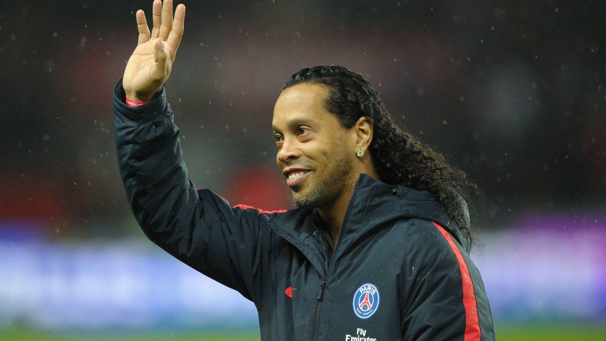 PSG : Neymar-Ronaldinho, deux génies en un seul message