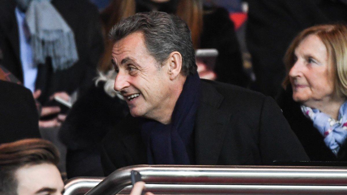 Le supporter Sarkozy fait des siennes — PSG