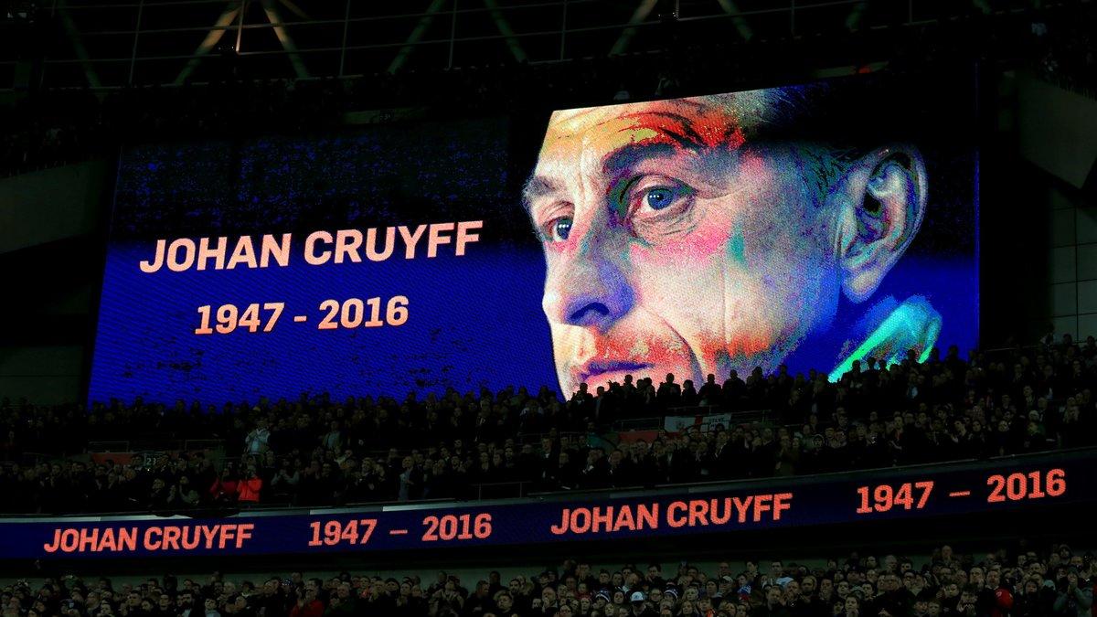 Liga - FC Barcelone : Un stade et une statue en mémoire de Cruyff