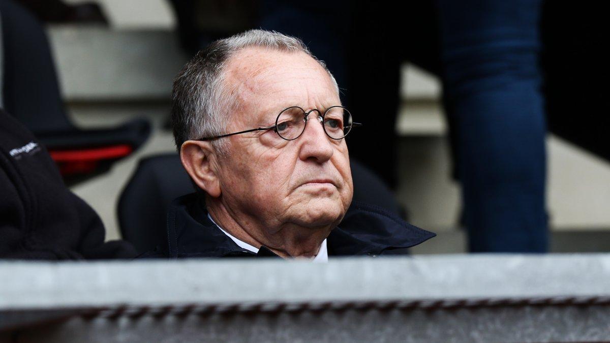 Aulas n'a pas pu se retenir pour Neymar — OL