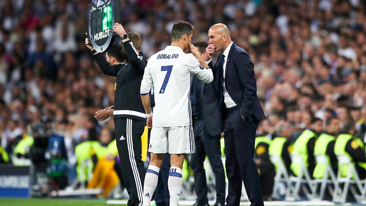 Ronaldo apporte beaucoup au vestiaire du Real selon Zidane