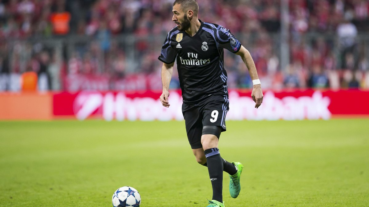 Real Madrid : Karim Benzema déclare sa flamme au Real Madrid