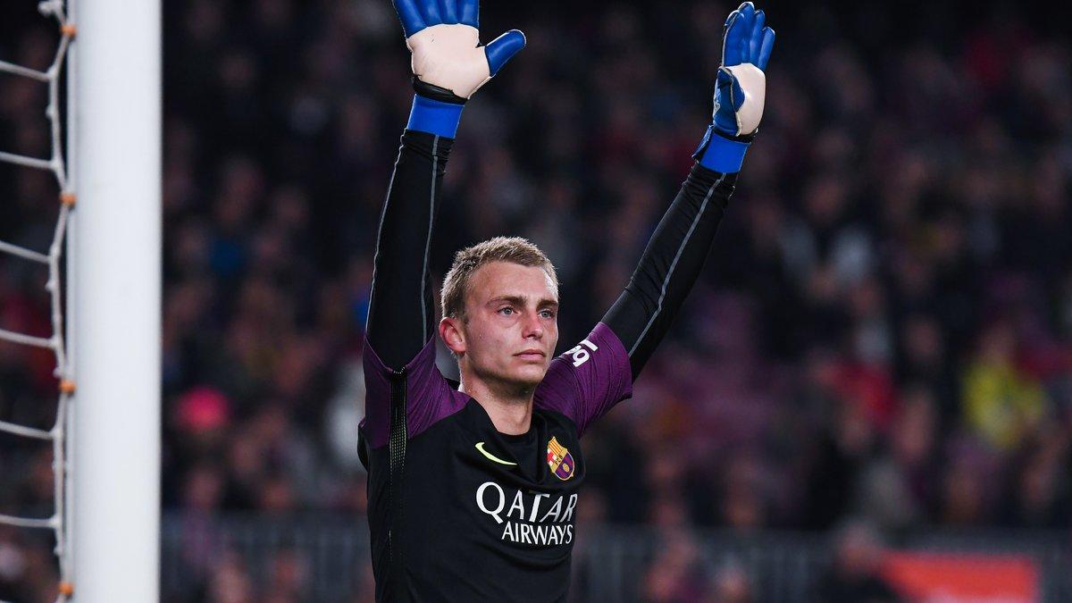Barcelone : Dolberg, Kluivert... La doublure de Ter Stegen conseille des noms au Barça