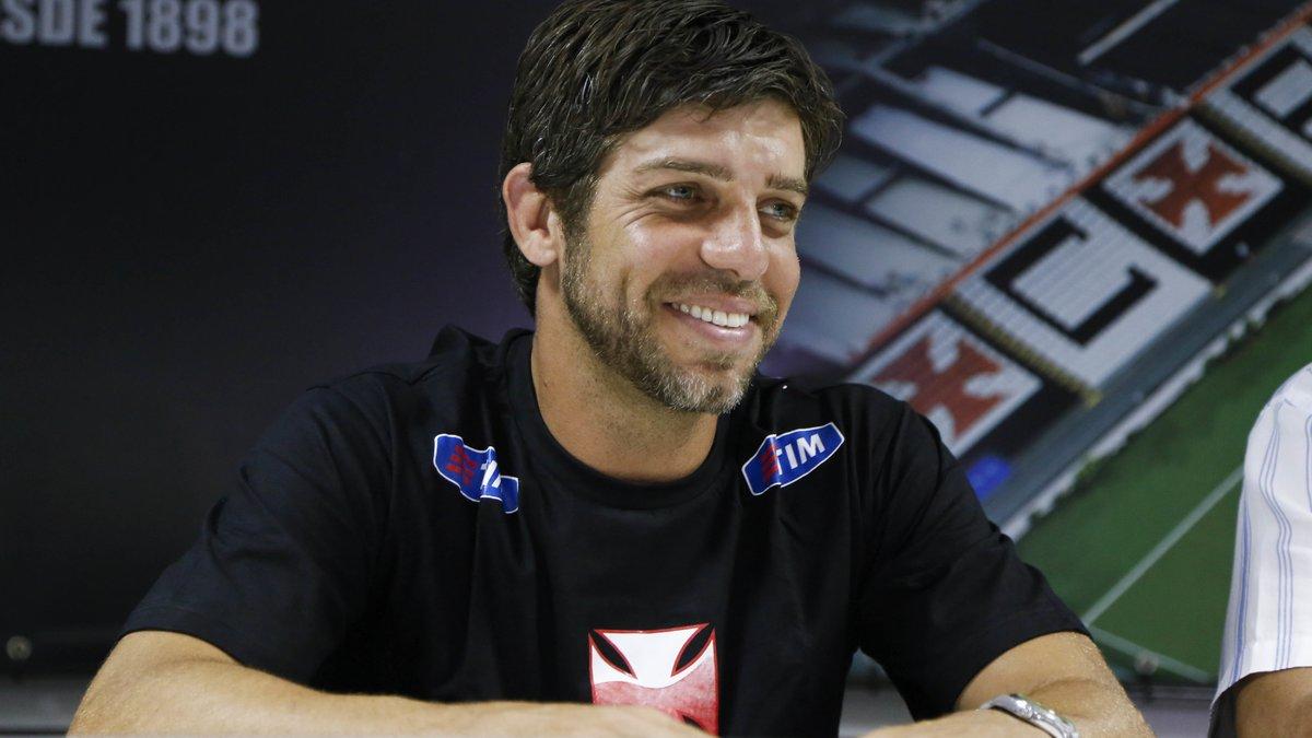 Remi Garde futur directeur sportif — OL