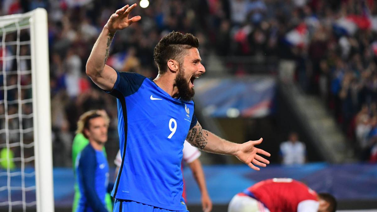 Matuidi demande une faveur au public — France-Angleterre