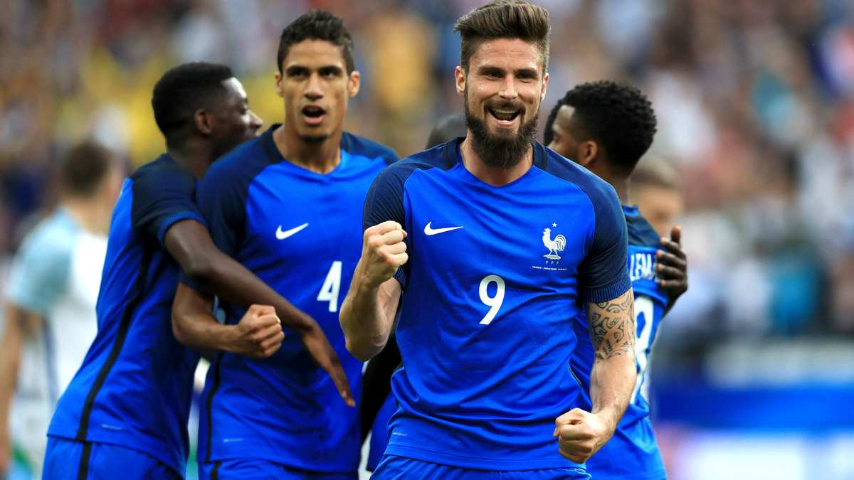 Équipe de France : Les Bleus s'imposent face à l'Angleterre