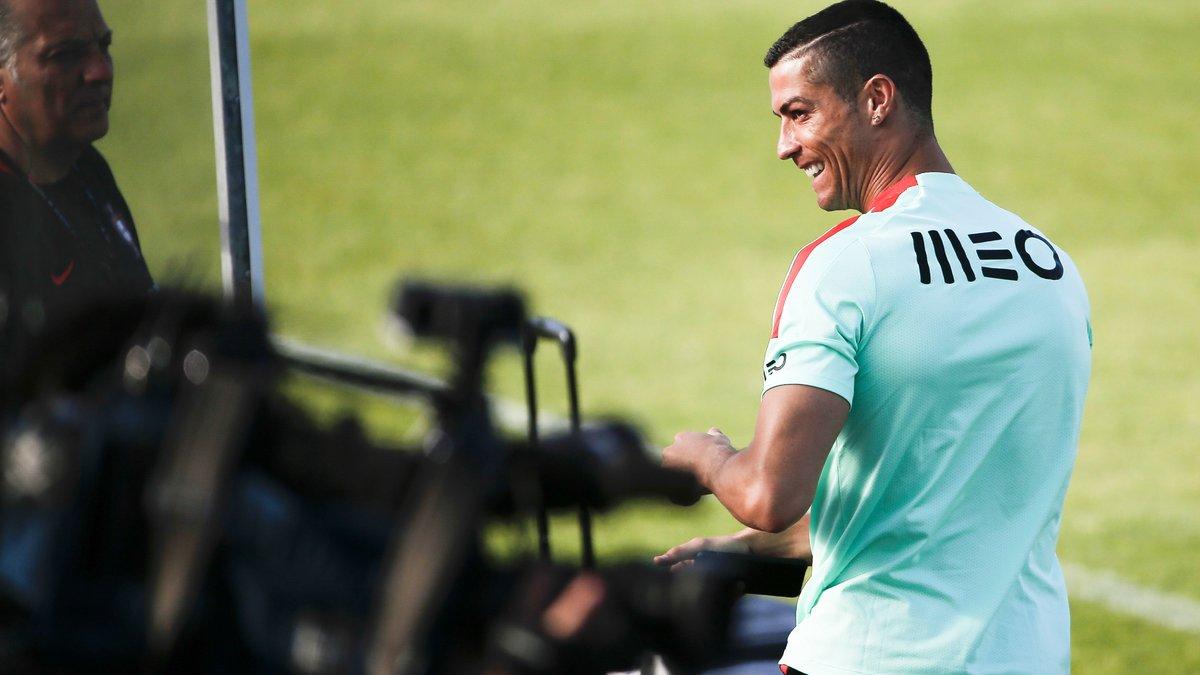 Son cœur balance entre Paris et Madrid — Cristiano Ronaldo