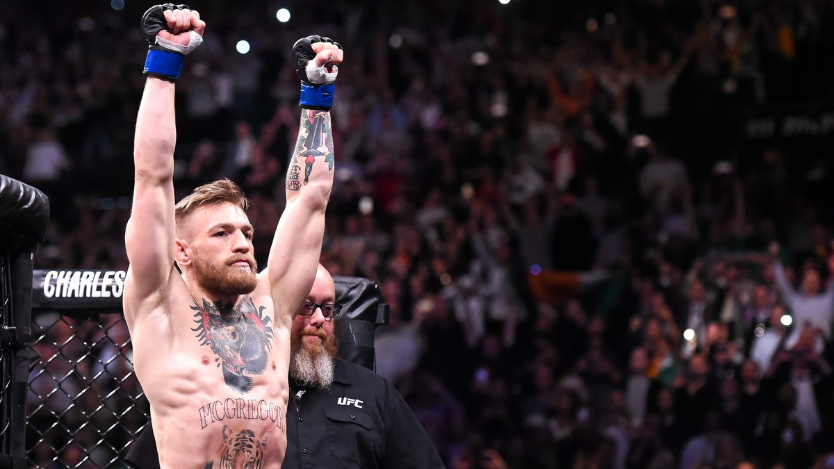 Les fans de McGregor s'en prennent aussi à la compagne de Mayweather