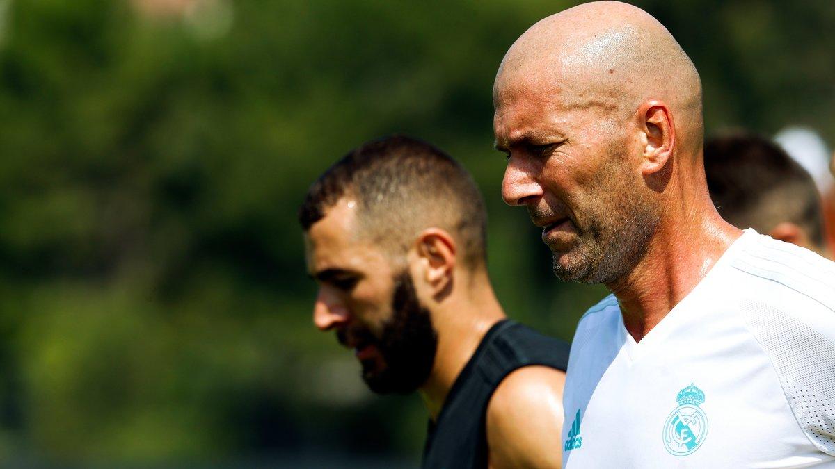 Vers un échange Mbappé-Benzema — Real Madrid