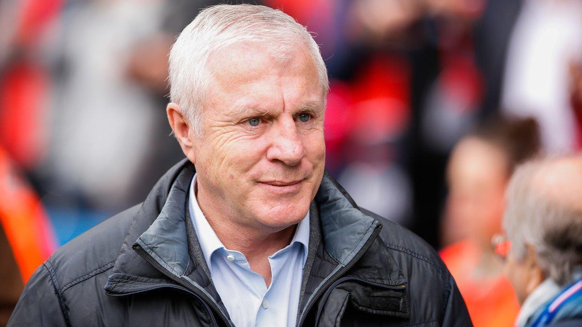 Luis Fernandez embauché au mercato — PSG