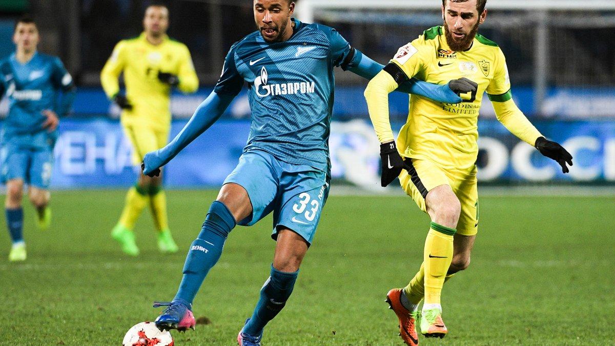 Romain Hamouma prolonge son contrat jusqu'en 2021