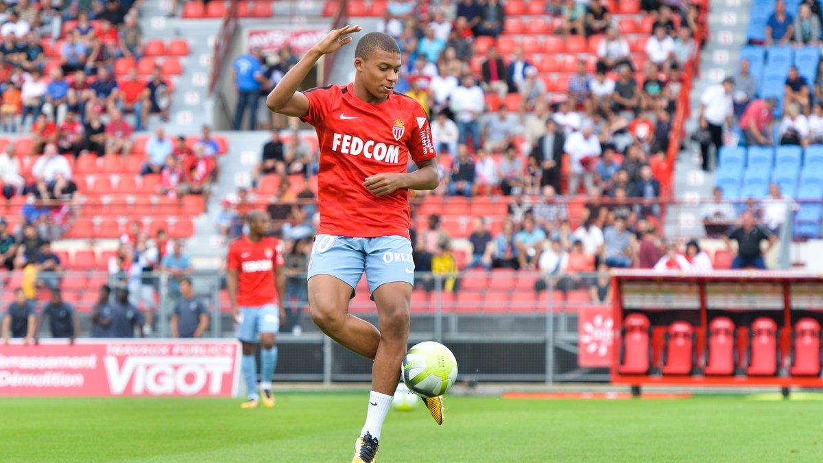 PSG : «Après Neymar, y a-t-il vraiment besoin de prendre Mbappé ?»