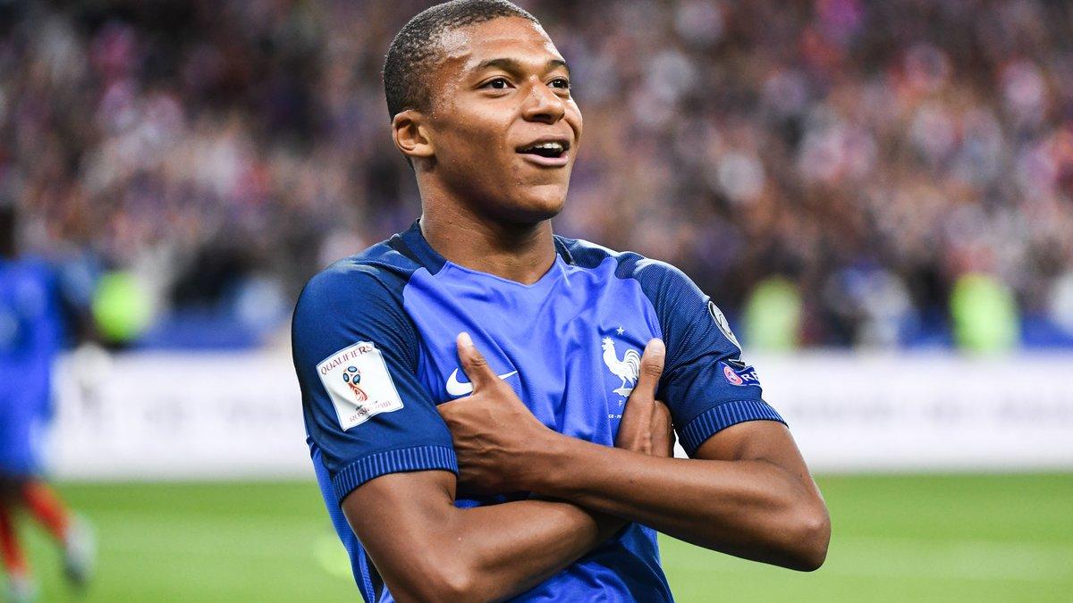 PSG : la présentation de Mbappé en DIRECT commenté !