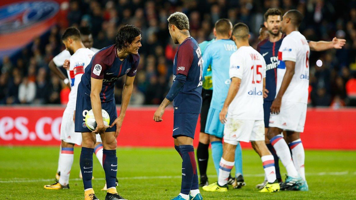Je tire, non c'est moi qui tire — Cavani-Neymar