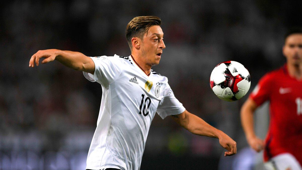 Özil aurait refusé de prolonger pour rejoindre Mourinho — Arsenal