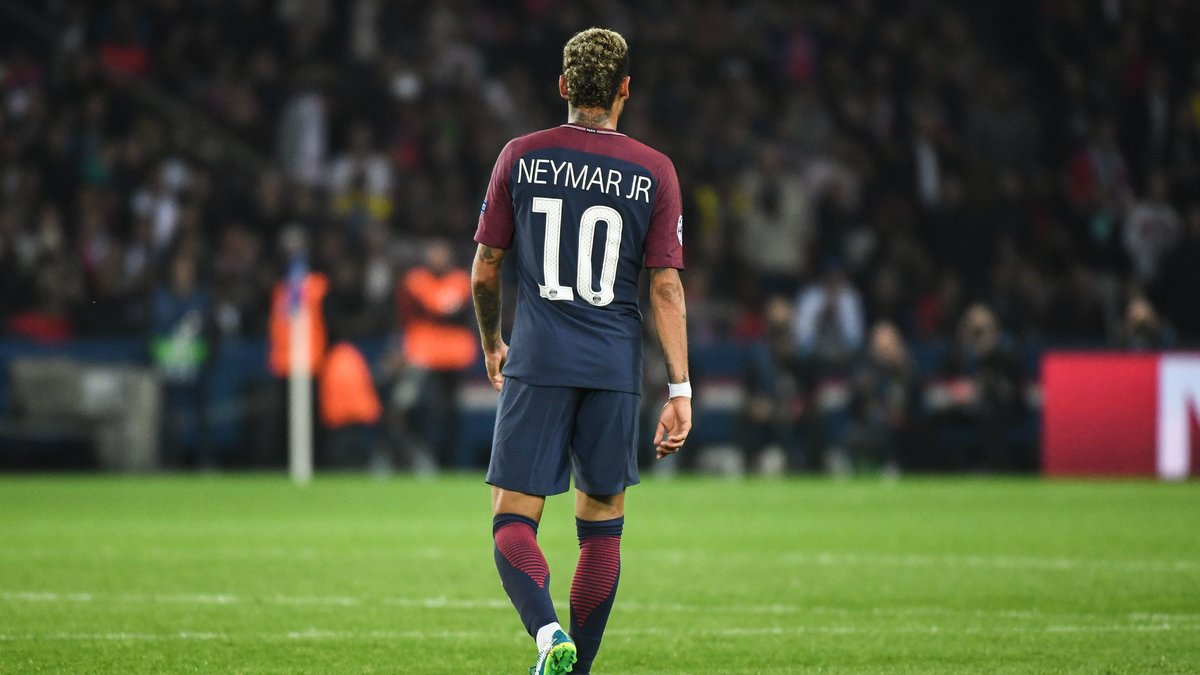 Cavani clôt la polémique avec Neymar — PSG