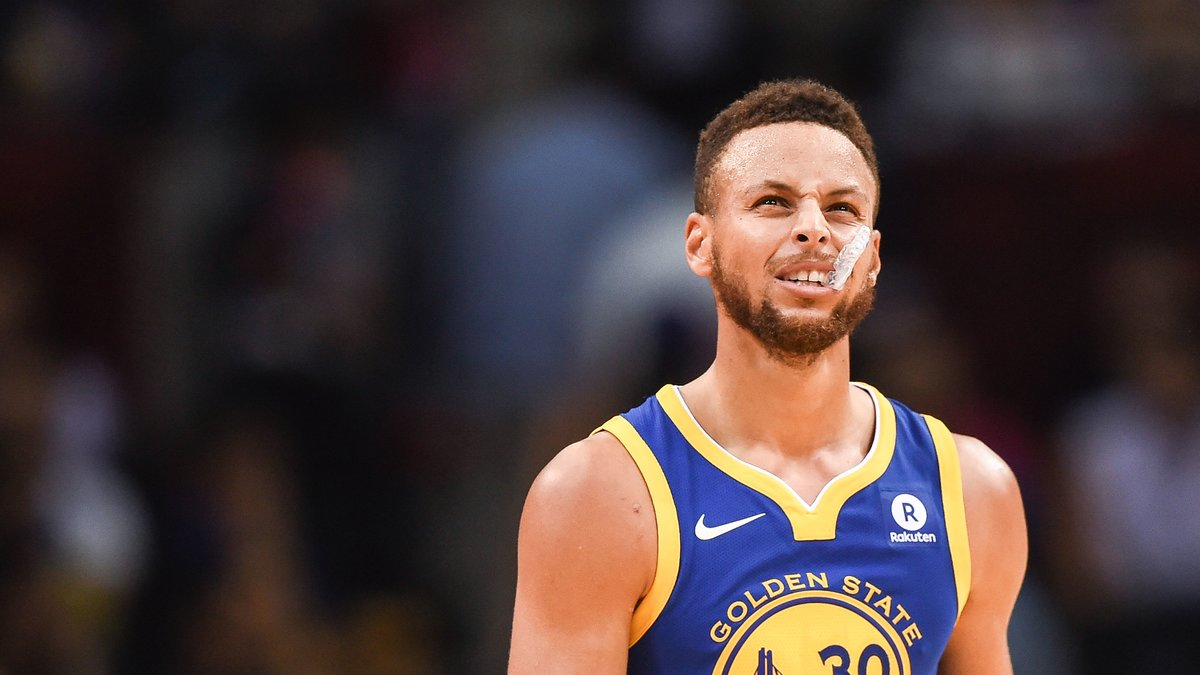Curry encore absent une semaine