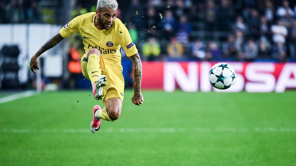 Dani Alves forfait contre l'OM — PSG