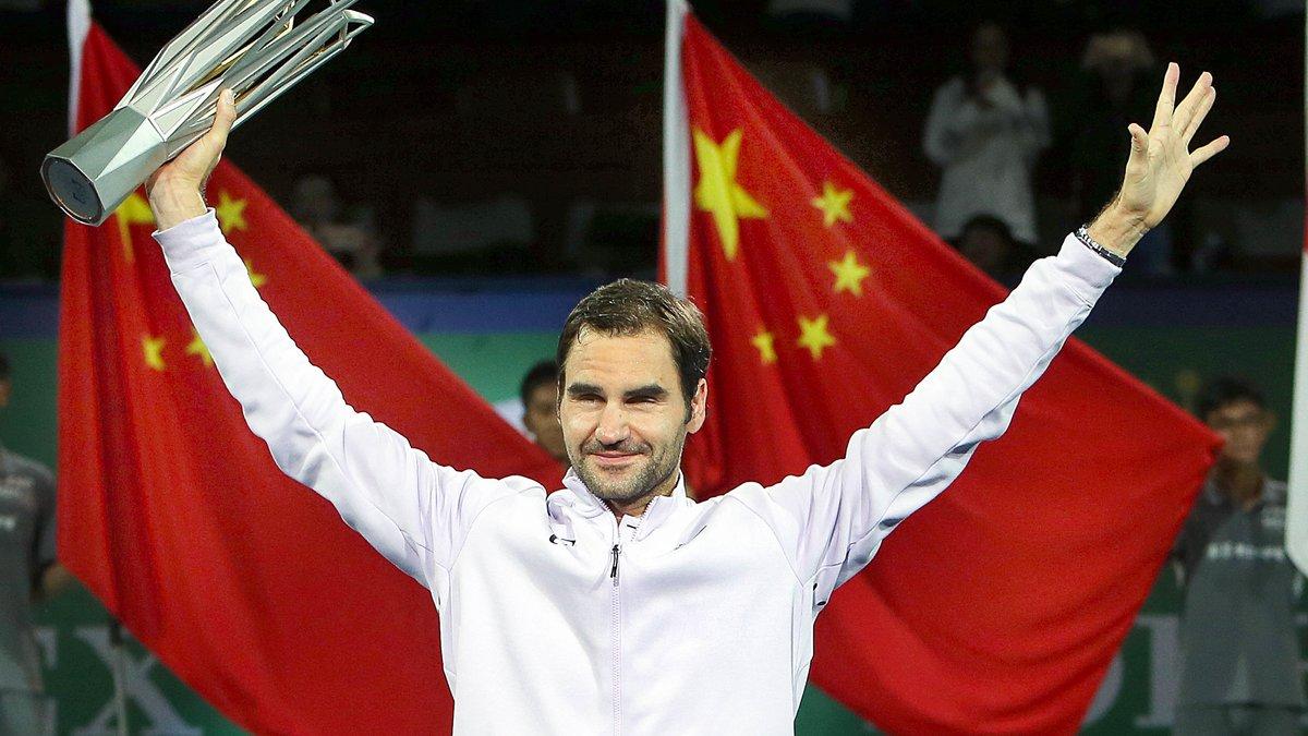 Roger Federer se qualifie pour le 2e tour à Bâle