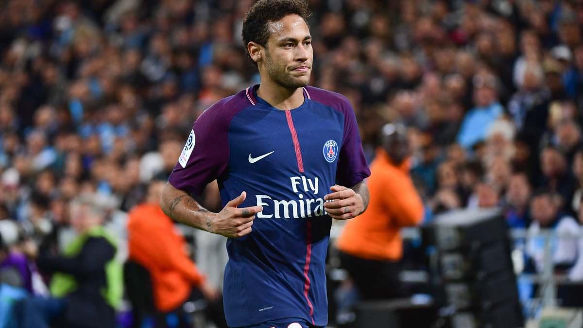 Neymar veut être comme Messi au Barça — PSG