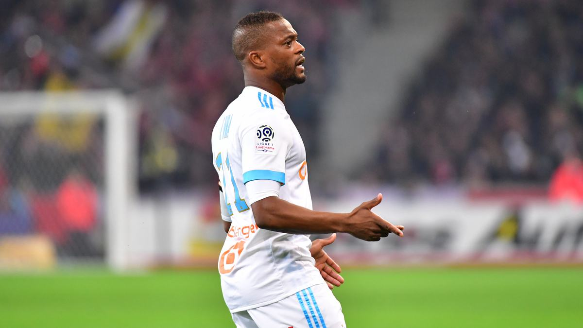 Faut-il sanctionner les supporters de l'OM — Affaire Evra
